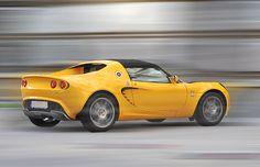 Lotus. Auto fotografēšana reklāmas vajadzībām un pārdošanai.