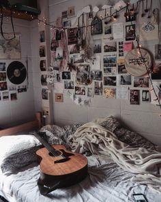 Bedroom Decor For Couples, Room Ideas Bedroom, Bed Room, Diy Bedroom, Indie Bedroom Decor, Boho Decor, Bedroom Wall, Retro Room, Tumblr Rooms