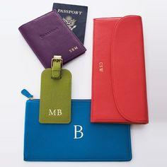 Rank & Style - Neiman Marcus Travel Wallet #rankandstyle