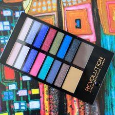 » Makeup Revolution London Eyeshadow and Eyebrow Palette Make Believe | Blender Online