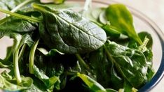 7 alkalizing foods to love: spinach