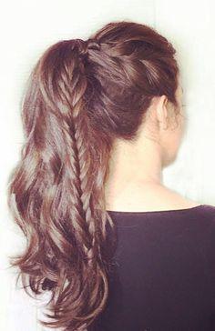 pony tail + fishtail braid Fishtail Hairstyles, Half Up, Dreadlocks, Hairdos, Dreads, Box Braids