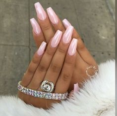 Best Baby Pink Nail Polish Colours For A Classic Look - Light pink nails , neutral nails , wedding nails - Hair and Beauty eye makeup Ideas To Try - Nail Art Design Ideas Pink Chrome Nails, Light Pink Nails, Glam Nails, My Nails, Long Nails, Pointy Nails, Diva Nails, Matte Nails, Crome Nails
