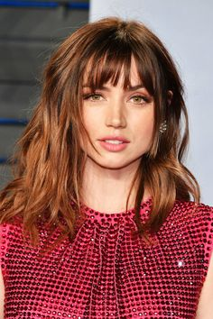 knallen ästhetisch Women's Brown Color Natural Looking Straight Human Hair Wigs With Bangs Lace Front Wig Bangs With Medium Hair, Curly Hair With Bangs, Wigs With Bangs, Medium Hair Cuts, Hairstyles With Bangs, Medium Hair Styles, Curly Hair Styles, Cool Hairstyles, Brown Hair Bangs