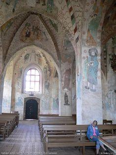 The medieval church of Hattula - Hattulan keskiaikainen kirkko. Kuva Tommi Lahtonen