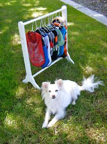 Omg!!! Really??? A DIY Clothes Rack To Hang All Your Pets Clothes!!!!
