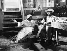 Paul Robeson and Hattie McDaniel from 'Show Boat', 1936 Classic Hollywood, Old Hollywood, James Whale, Hattie Mcdaniel, Show Boat, Music Theater, Theatre, People Of Interest, Asian American