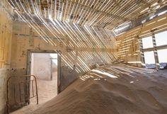 Namibie : ville fantôme de Kolmanskop.