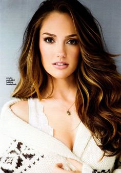 Minka Kelly. Love her hair and makeup