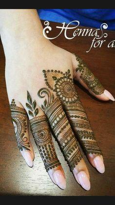 Simple Mehndi Designs Fingers, Finger Mehendi Designs, Mehndi Designs Front Hand, Rose Mehndi Designs, Henna Tattoo Designs Simple, Stylish Mehndi Designs, Henna Art Designs, Mehndi Designs For Beginners, Mehndi Design Photos