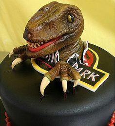 18 Scary-good dinosaur foods to celebrate Jurassic World: Jurassic Park party