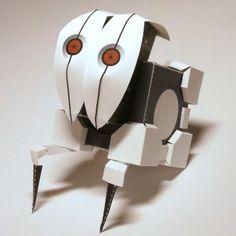 Portal 2 Papercraft: Frankenturret Robot