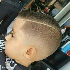 Corte de pelo para tony Lil Boy Haircuts, Baby Haircut, Little Boy Hairstyles, Toddler Boy Haircuts, Cool Hairstyles For Men, Thin Hair Haircuts, Kids Hairstyles Boys, David Hair, Comb Over Haircut