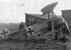 Fokker Dr 1 Triplane, Jasta 10 - Werner Voss: he was killed flying this aircraft fighting alone against most of 56 Sqn in September 1917 having amassed 48 kills.