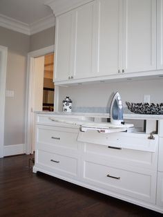 I would love cabinets in the laundry if the budget permits. laundry room-cabinets to the ceiling, thick trim, foot detail, drop down drawers for the iron and ironing board Mudroom Laundry Room, Laundry Room Remodel, Laundry Room Cabinets, Laundry In Bathroom, Cupboards, Laundry Room Island, Kitchen Cabinets To Ceiling, Upper Cabinets, Diy Cabinets