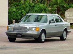 http://www.126-sclass.com/ Mercedes Benz W126 S Class Saloon.