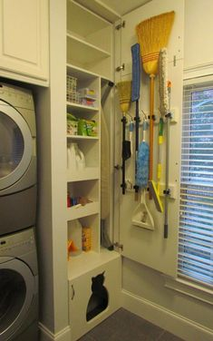 50 Beautiful and Functional Laundry Room Design Ideas Laundry room decor Small laundry room ideas Laundry room makeover Laundry room cabinets Laundry room shelves Laundry closet ideas Pedestals Stairs Shape Renters Boiler Pantry Laundry Room, Laundry Room Layouts, Laundry Room Remodel, Laundry Room Cabinets, Small Laundry Rooms, Laundry Room Organization, Laundry Room Design, Diy Cabinets, Laundry Room Ideas Stacked