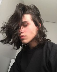 Image about hair in Eric Oliver by Eric Oliver Beautiful Boys, Pretty Boys, Cute Boys, Beautiful People, Aesthetic Boy, Comme Des Garcons, Attractive People, Pretty People, My Hair