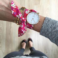 Liberty watch strap Source by Zazalb Crea Cuir, Bracelets Liberty, Liberty Of London, Bijoux Diy, Diy Clothes, Jewerly, Creations, Bling, Diy Crafts