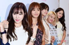 Check out SNSD's pictures from Casio's Signing Event ~ Wonderful Generation