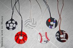 Basketball washer necklace - I will try to attach the original pin that had the washer jewelry idea. Projects For Kids, Craft Projects, Crafts For Kids, Arts And Crafts, Craft Ideas, Kids Sports Crafts, Family Crafts, Kids Diy, Washer Necklace Tutorial