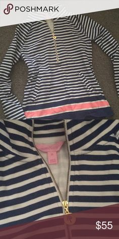 Lilly pulitzer pullover EUC stripped Lilly pullover Lilly Pulitzer Tops Sweatshirts & Hoodies