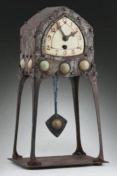 Albin Müller, Secessionist pendulum clock, 37.5 cm h.