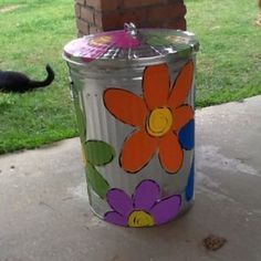 Paint the metal garbage can to use on the deck for smoker Saturday festivities. Painted Trash Cans, Paint Cans, Garden Crafts, Diy Crafts, Colegio Ideas, Craft Shed, Recycling Containers, Garbage Can, Trash To Treasure