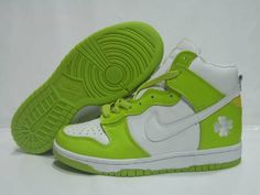 the best attitude 7300f d3d78 Buy Womens Nike Dunk High St Patricks Day Edition in lower price