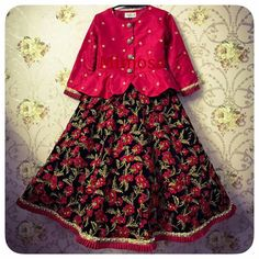for oder call or whatsapp on 07285875355 Kids Party Wear Dresses, Kids Dress Wear, Kids Gown, Little Girl Dresses, Cute Dresses, Baby Dresses, Kids Frocks Design, Baby Frocks Designs, Kids Lehenga Choli