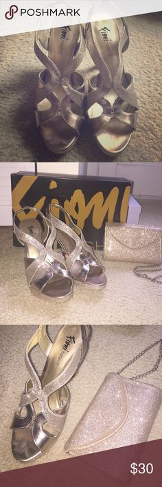 COMBO Sparkly gold heels & matching small bag COMBO Sparkly gold heels & matching small bag. They go perfect together. Doing a package deal !! Shoes Heels