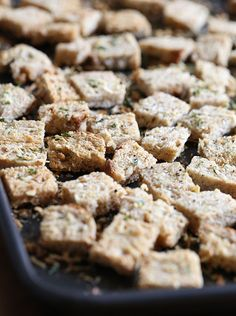 Healthier homemade croutons made with whole grain bread, Italian seasoning and shredded parmesan cheese. These are so simple to make, with ingredients you Ww Recipes, Skinny Recipes, Cooking Recipes, Healthy Recipes, Skinny Meals, Healthy Foods, Good Food, Yummy Food, Yummy Treats