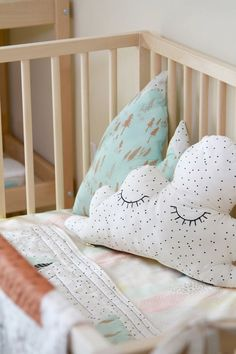 DIY-cloud-pillow