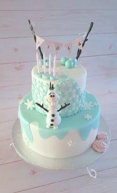 Purppurahelmi: Frozen Olaf kakku Olaf Frozen, Birthday Cake, Desserts, Food, Tailgate Desserts, Deserts, Birthday Cakes, Essen, Postres
