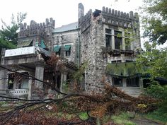 Abandoned Tennessee: Join us as we travel through the lost history and derelict places of the Volunteer State, from the Civil War to the modern day. Derelict Places, Abandoned Places, Abandoned Mansions, Abandoned Buildings, Travel Goals, Us Travel, Vacation Travel, Vacation Ideas, Vacations