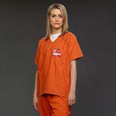 Pin for Later: This Year's Hottest Pop-Culture-Inspired Halloween Costumes For Women Piper From Orange Is the New Black What to wear: Orange prison garb and a white t-shirt underneath. No makeup. How to act: A little freaked out, with flashes of anger. Black Halloween Costumes, Black Costume, Pop Culture Halloween Costume, Halloween Makeup, Halloween Ideas, Group Halloween, Halloween 2014, Halloween Stuff, Happy Halloween