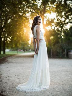 Les jolies robes de mariage 2016 de Sophie Sarfati. Gros coup de coeur pour les pantalons, combinaisons et jupes courtes qui changent des traditionnelles robes longues!
