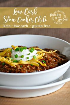 Low Carb Chili All the amazing flavors of chili without the beans. I think you will find that you dont miss them at all. Low Carb Chili All the amazing flavors of chili without the beans. I think you will find that you dont miss them at all. Gluten Free Recipes, Low Carb Recipes, Real Food Recipes, Real Foods, Ketogenic Recipes, Ketogenic Diet, Healthy Recipes, Low Carb Chili, Low Carb Keto