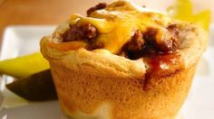 BBQ Biscuit Cups Fried ground beef with onions mixed with bbq sauce stuffed in biscuit dough into a muffin pan then cover with cheese and bake! Beef Recipes, Cooking Recipes, Recipies, Barbecue Recipes, Beef Meals, Savoury Recipes, Barbecue Sauce, Yummy Recipes, Muffin Tin Recipes
