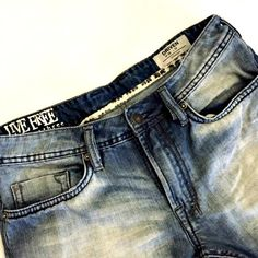 Take your #ManCrush to a new level with these David Bitton distressed jeans with retro fading! Who's the guy in your life that you can see wearing these? Find them in #Totspotter @enigma's closet.