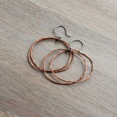 Copper drop hoop earrings - Chandelier earrings- Dangle earrings - 0.8mm - Unique - Titanium earrings - Delicate - Double - Rustic hoops https://etsy.me/2GJdFpi #jewellery #earrings #copper #boho #titanium #etsy