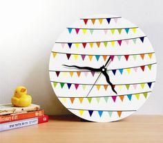 Pennant clock