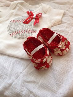 Baby shoes size 3 months by darlingdivacreations on Etsy, $12.00