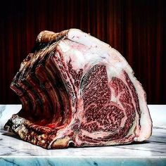 Dry-aged. Prime-grade. Bone-in. Prime rib roast. #Heaven  #meatin #wagyu #wagyubeef #australia #blackmore #beststeak #foodporn #butcherstyle #butcher #perfectsteak #carnivore #carne #primebeef #sydney #steakhouse #food #igfood #churrasco #nyceats #thisissydney #beefsteak #beefporn #dryaged ---------------------- @regrann via Mest In @meat_in | #Repost @blackmorewagyu  Our dry aged Rib Set in all it's glory @victor.churchill - the complexity of flavour and texture is truly incredible  Amazing…