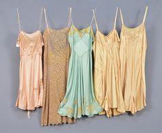 Classic Lingerie, Retro Lingerie, 1930s Fashion, Vintage Fashion, Mode Vintage, Vintage Slip, Vintage Ads, Vintage Photos, Flapper Style