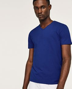 BASIC SUPER SLIM T-SHIRT - Available in more colours
