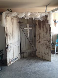 Old doors for wedding back drop..