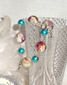 Bracelet with glass blue wax and fantasy beads by Momentidoro, €20.00