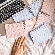 School Organization Notes, Study Organization, School Notes, University Organization, Pretty Notes, School Study Tips, Study Hard, Work Hard, Studyblr