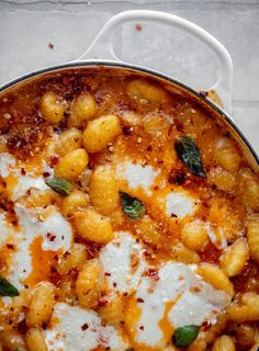 saucy sun dried tomato gnocchi Sun Dried Tomato Sauce, Tomato Cream Sauces, Dried Tomatoes, Pasta Recipes, Dinner Recipes, Cooking Recipes, Gnocchi Recipes, Cheesy Recipes, Yummy Recipes